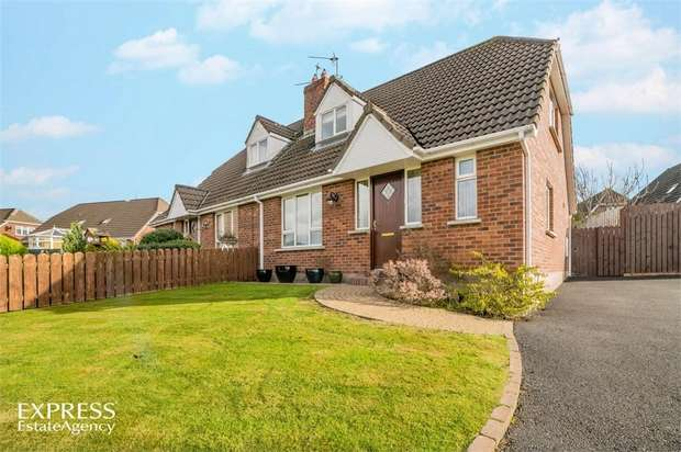 3 Bedrooms Semi Detached House for sale in Thornhill Crescent, Tandragee, Craigavon, County Armagh