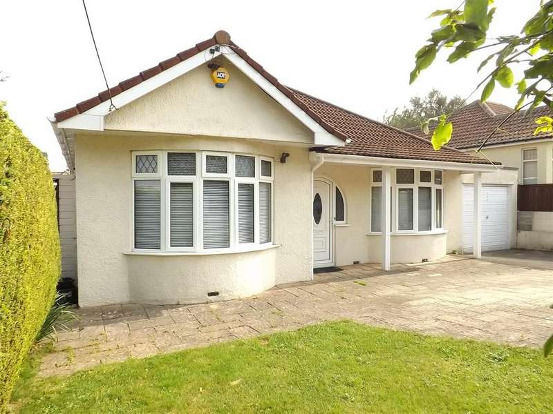 3 Bedrooms Detached House for sale in Queens Road, Bishopsworth, Bristol, BS13 8QD