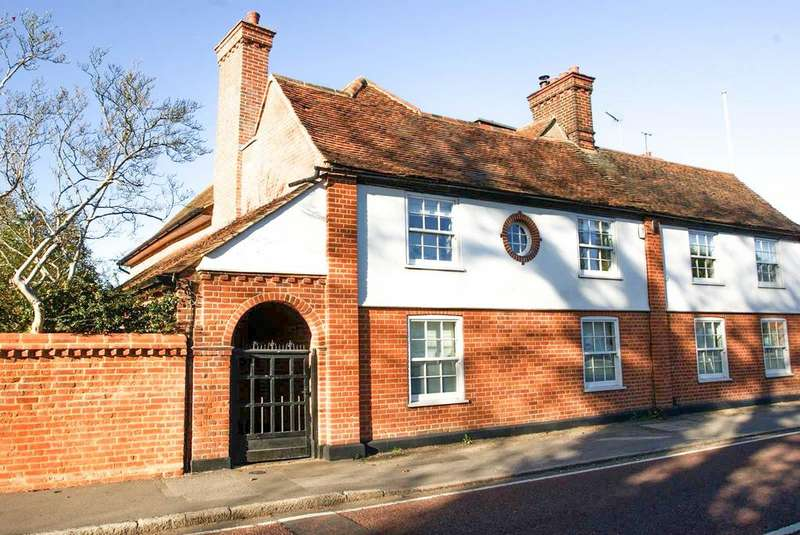 4 Bedrooms Semi Detached House for sale in High Street, Stock, Ingatestone, Essex, CM4