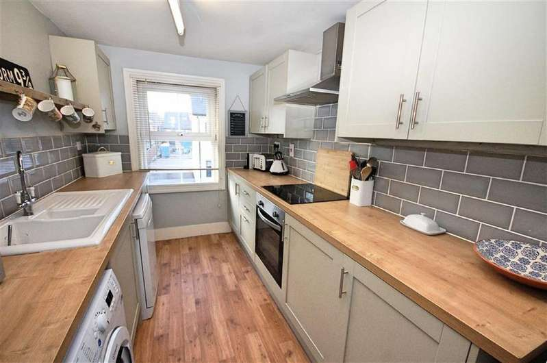 1 Bedroom Flat for sale in Hitchin Road, Arlesey, Bedfordshire