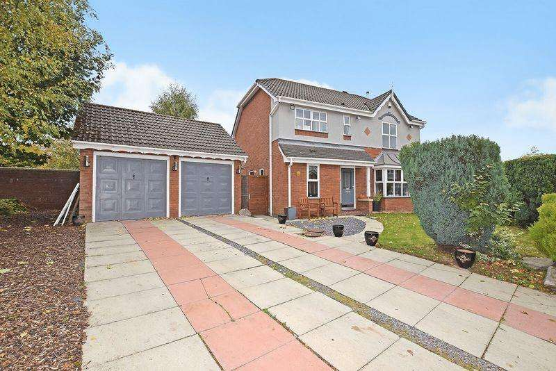 4 Bedrooms Detached House for sale in Camden Court, Runcorn