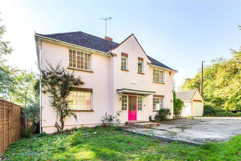 3 Bedrooms Detached House for sale in New Farm Road, Alresford, Hampshire, SO24