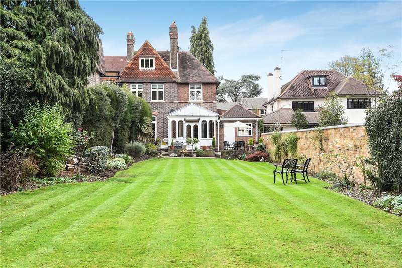 5 Bedrooms Semi Detached House for sale in Park Road, Nascot Village, Hertfordshire, WD17