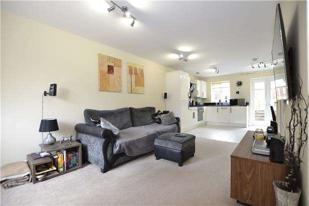 3 Bedrooms Terraced House for sale in Kings Weston Lane, BRISTOL, BS11 0JE