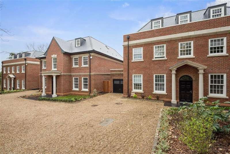 5 Bedrooms Detached House for sale in Eleven Trees, Milespit Hill, Mill Hill, London