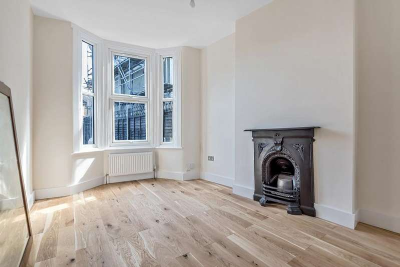 3 Bedrooms End Of Terrace House for sale in Barmeston Road Catford SE6
