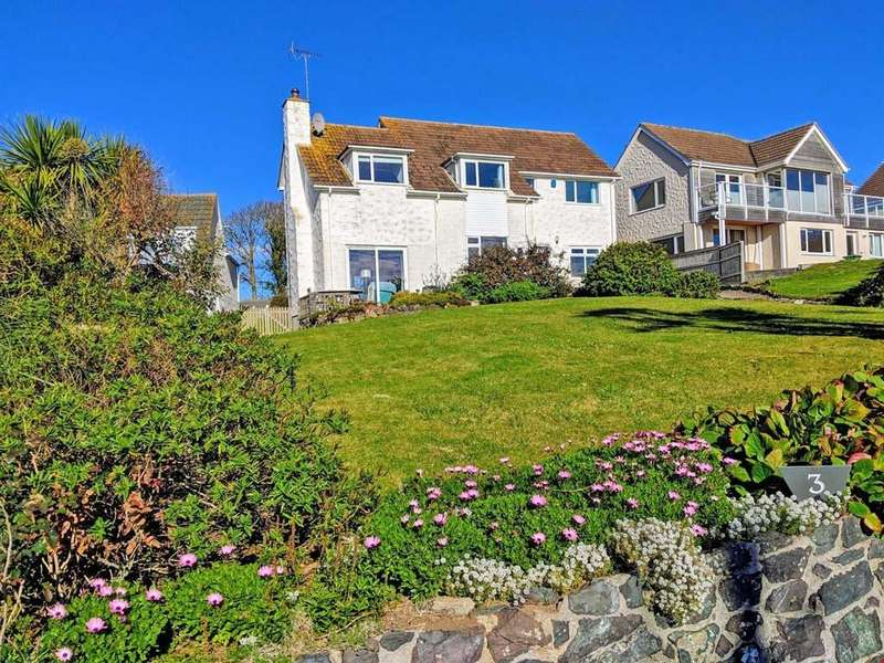 4 Bedrooms Detached House for sale in Perranuthnoe, Cornwall, TR20