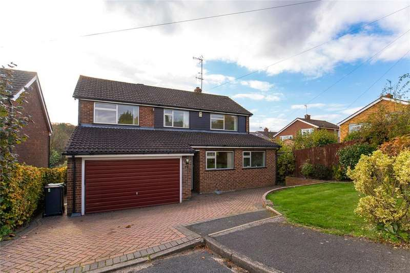 4 Bedrooms Detached House for sale in Hazlemere View, Hazlemere, Buckinghamshire, HP15