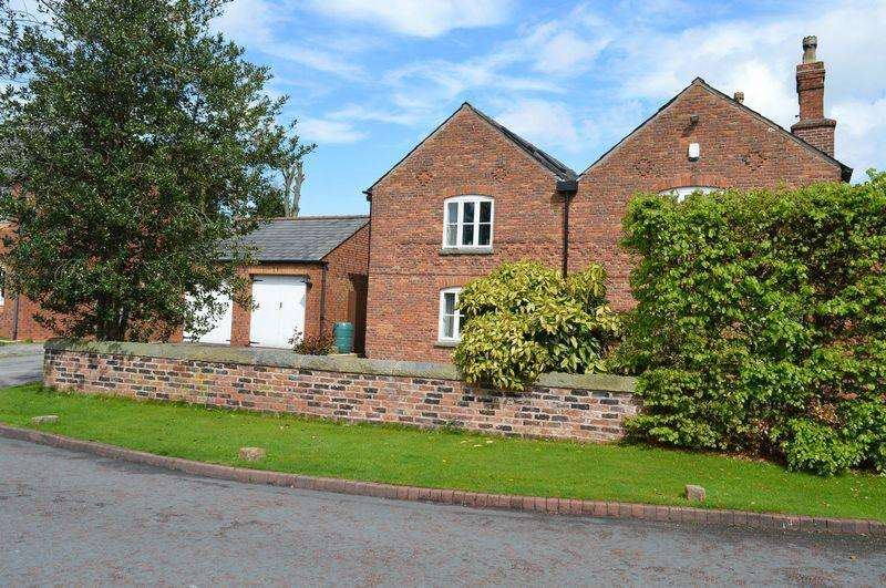 4 Bedrooms Detached House for sale in Lawson Farm House, Golborne, WA3 3WP