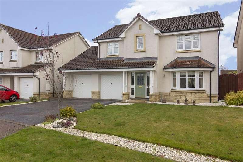4 Bedrooms Detached House for sale in Fulmar Crescent, Larbert