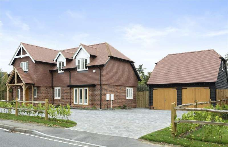 5 Bedrooms Detached House for sale in 183 The Street, West Horsley, Surrey, KT24