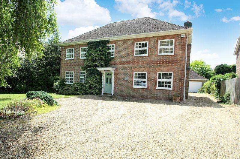 5 Bedrooms Detached House for sale in Shedfield