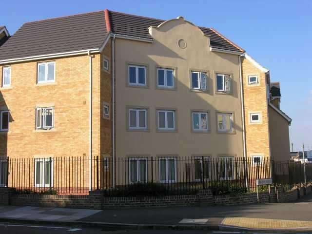 2 Bedrooms Apartment Flat for sale in Linden Road, Luton, Bedfordshire, LU4 9GG