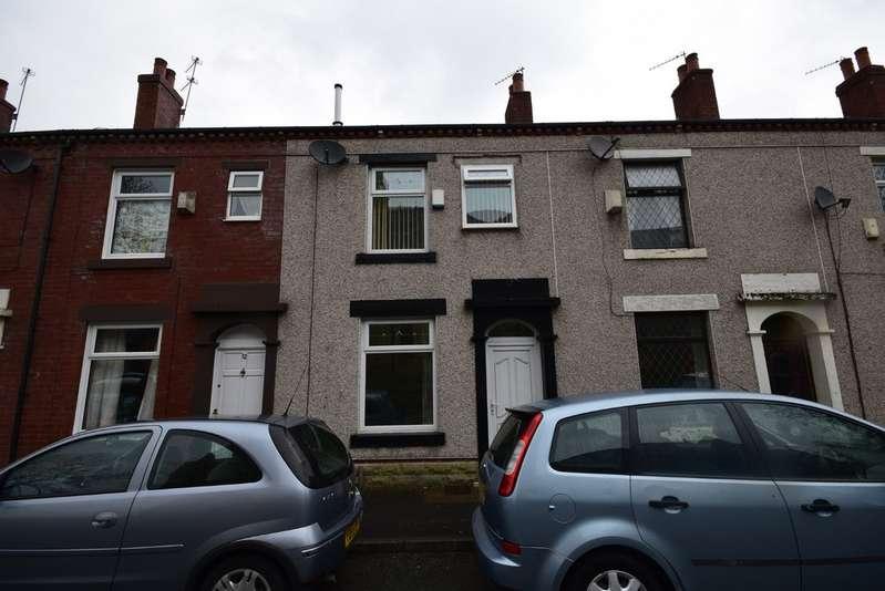 3 Bedrooms Terraced House for sale in Queen Victoria Street, Balderstone OL11