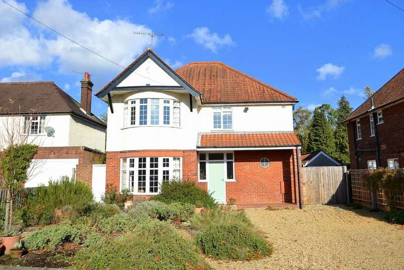 4 Bedrooms Detached House for sale in Bucklesham Road, Ipswich, IP3 8TW