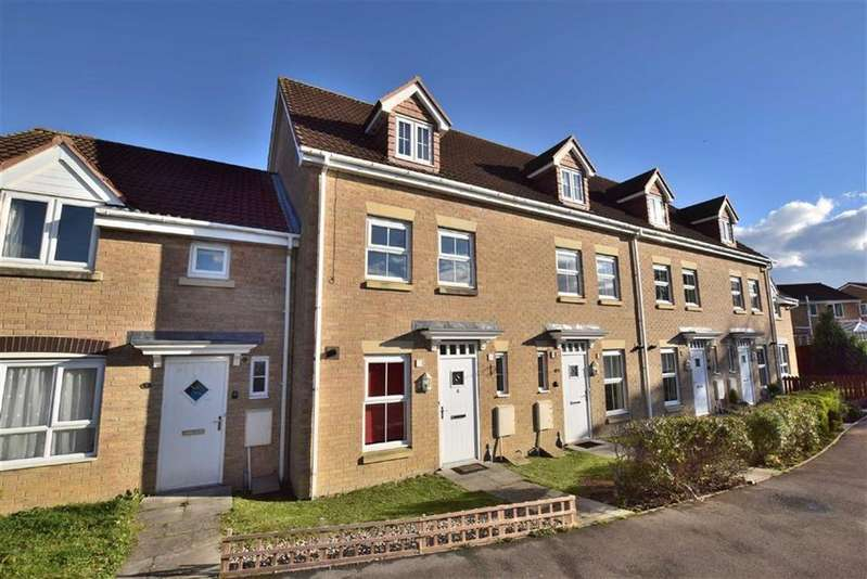 3 Bedrooms Town House for sale in Drakes Close, Brough With St Giles, North Yorkshire