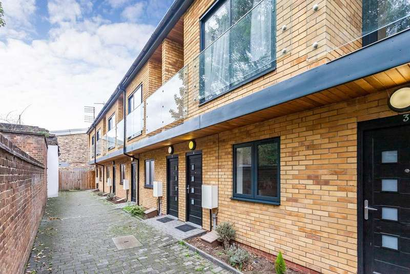 4 Bedrooms Terraced House for sale in Sussex Way, Stroud Green, N19