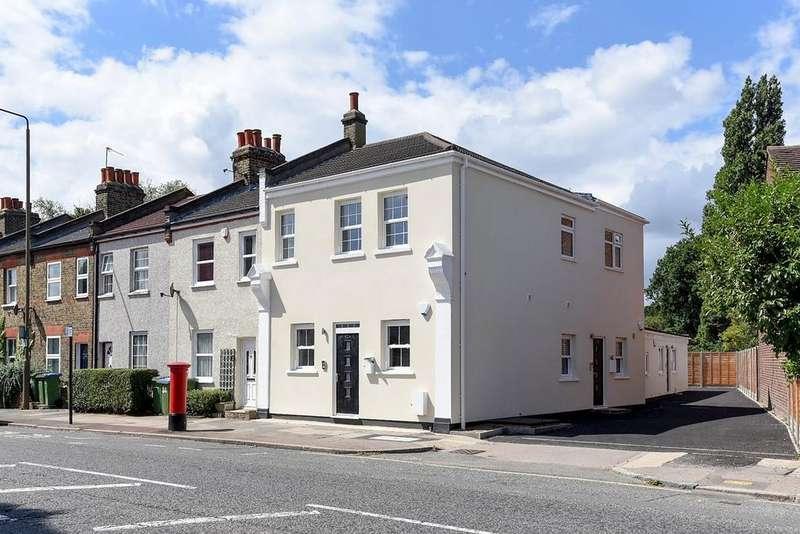 2 Bedrooms Flat for sale in Green Lane Eltham SE9