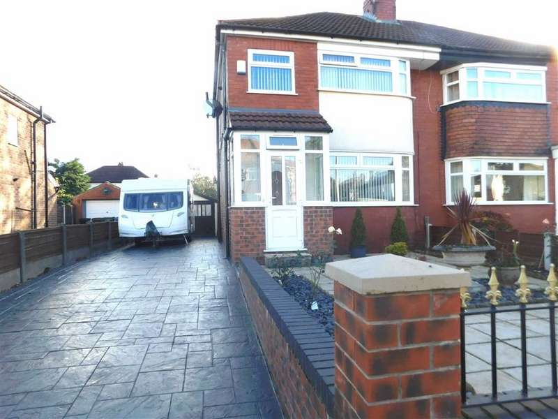 3 Bedrooms Semi Detached House for sale in Beauvale Avenue, Offerton, Stockport