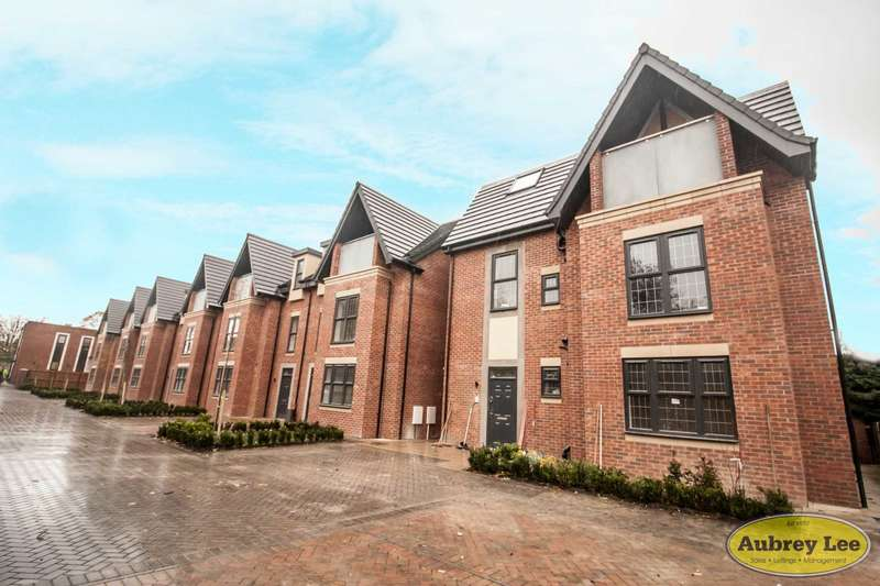 5 Bedrooms Semi Detached House for sale in 4 Brockworth Gardens, Cheltenham Crescent, Salford