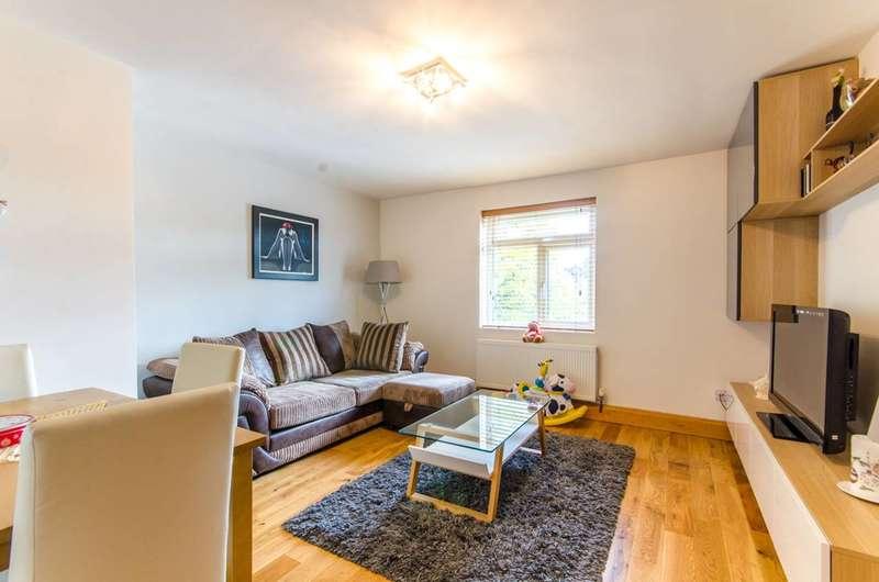 1 Bedroom Flat for sale in Waterfall Road, Arnos Grove, N11