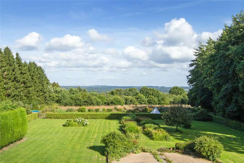 6 Bedrooms Detached House for sale in Stairs Hill, Empshott, Liss, Hampshire, GU33