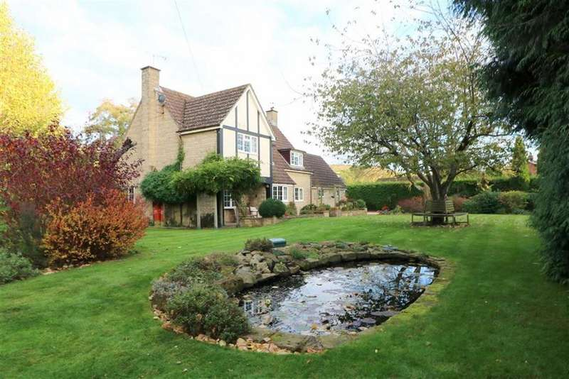 4 Bedrooms Detached House for sale in Longhope, Gloucestershire