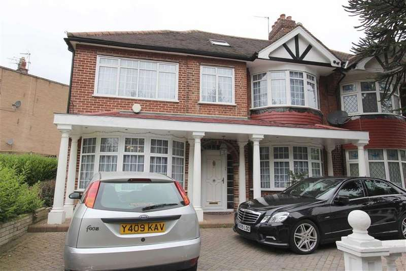 4 Bedrooms Semi Detached House for sale in Larkshall Road, North Chingford, London