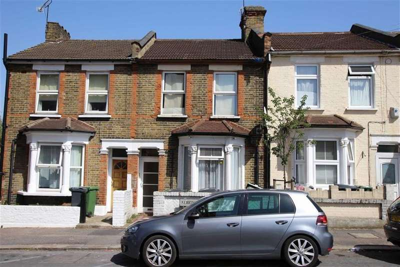 1 Bedroom Flat for sale in Albion Road, Walthamstow, London