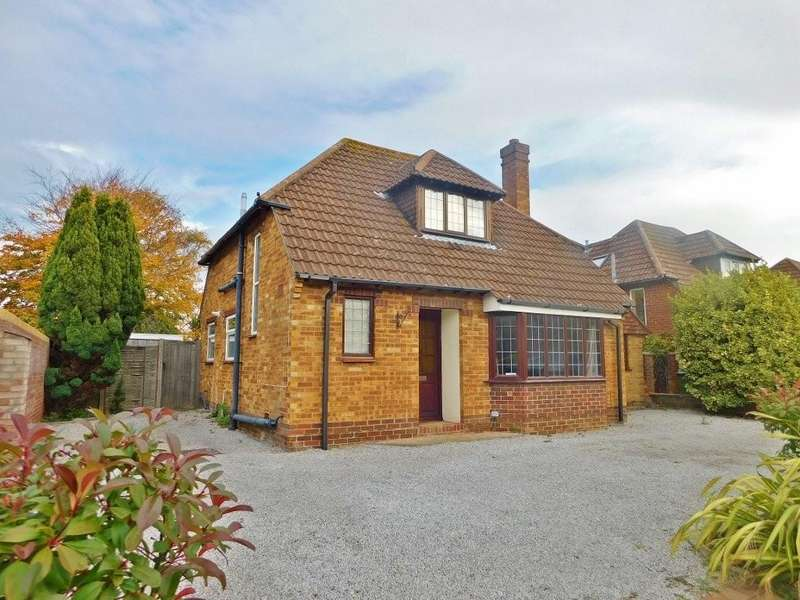 3 Bedrooms Detached House for sale in Moody Road, Hill Head