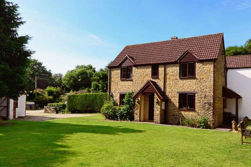 4 Bedrooms Property for sale in Broadwindsor, Beaminster