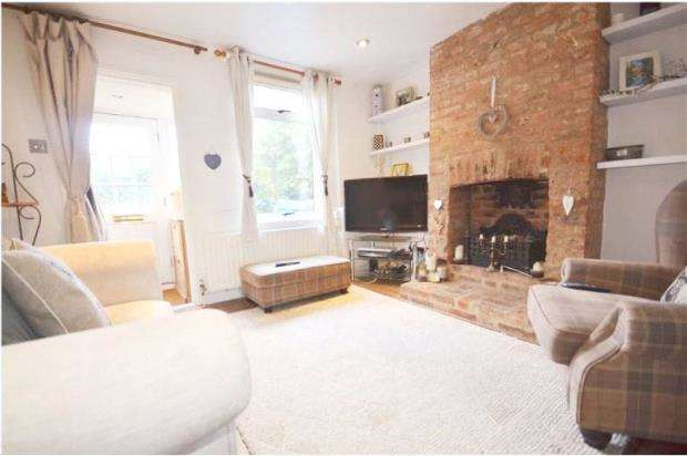 2 Bedrooms Terraced House for sale in Albert Street, Maidenhead, Berkshire