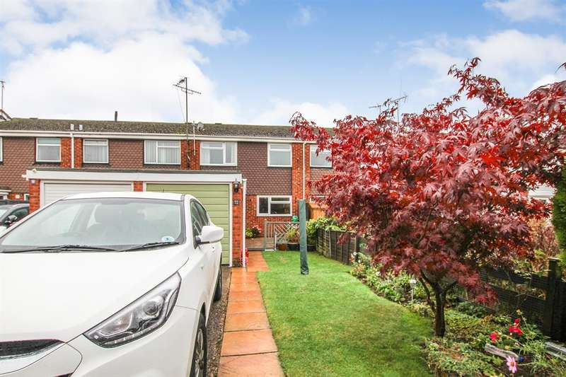3 Bedrooms Terraced House for sale in Grange Close, Leighton Buzzard