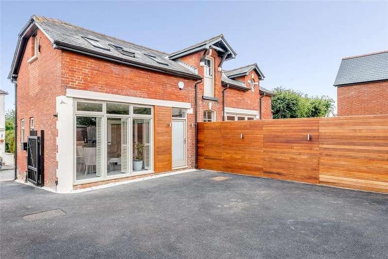 4 Bedrooms Detached House for sale in Fairview Road, Salisbury