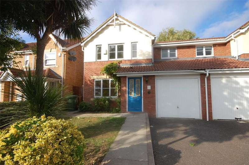 3 Bedrooms Semi Detached House for sale in St. Teresa's Close, Basildon, Essex, SS14