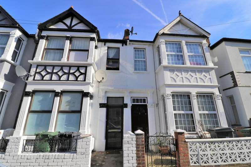 6 Bedrooms Terraced House for sale in Westend Road, Leyton, E10