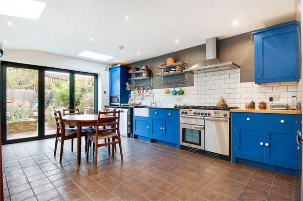 5 Bedrooms Terraced House for sale in Belgrave Road, Walthamstow, London