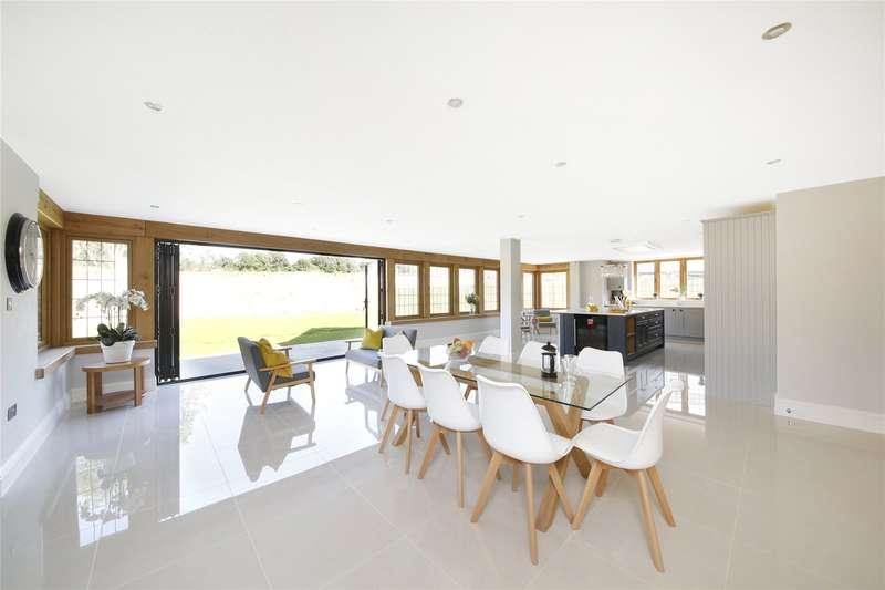 5 Bedrooms Detached House for sale in Hillbury Farm, Tithepit Shaw Lane, Warlingham