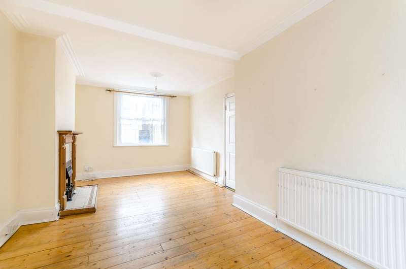 4 Bedrooms Terraced House for sale in Albert Road, South Norwood, SE25