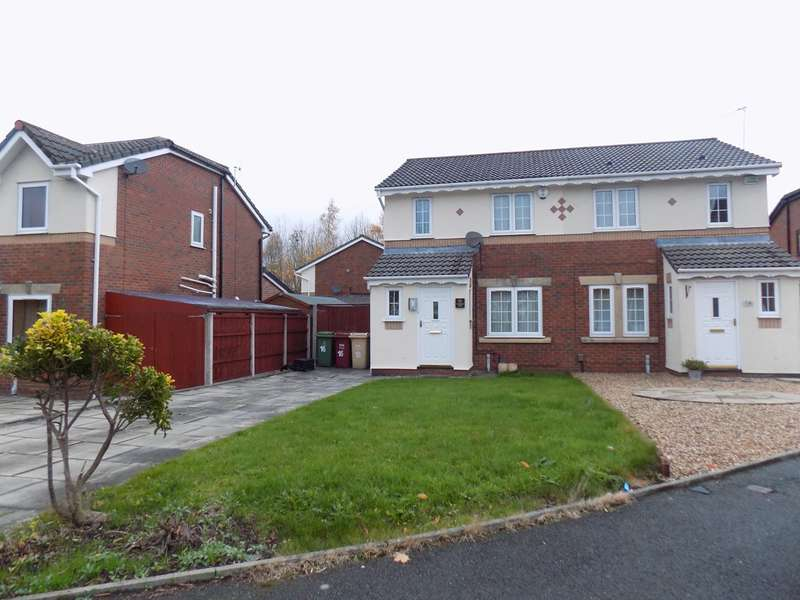 3 Bedrooms Semi Detached House for sale in Calverleigh Close, Bolton, BL3