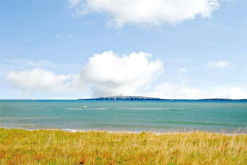 3 Bedrooms Flat for sale in St. Aidans, Seahouses, Northumberland