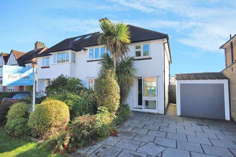 3 Bedrooms Semi Detached House for sale in Hamilton Close, Epsom, Surrey. KT19