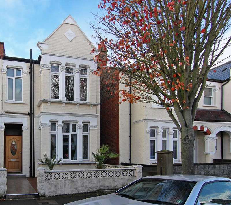 5 Bedrooms House for sale in Willcott Road, Acton