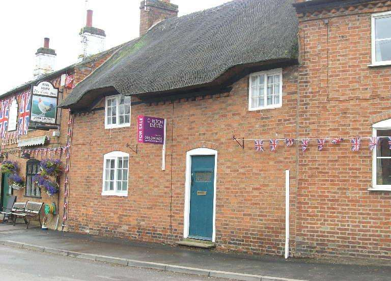 2 Bedrooms Cottage House for sale in The Cottage, Main Street, Peatling Magna