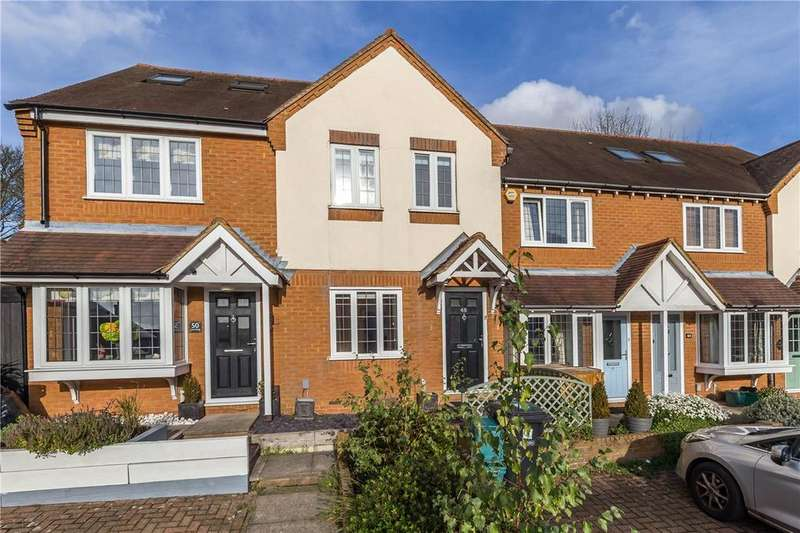 3 Bedrooms Terraced House for sale in Hart Road, St. Albans, Hertfordshire