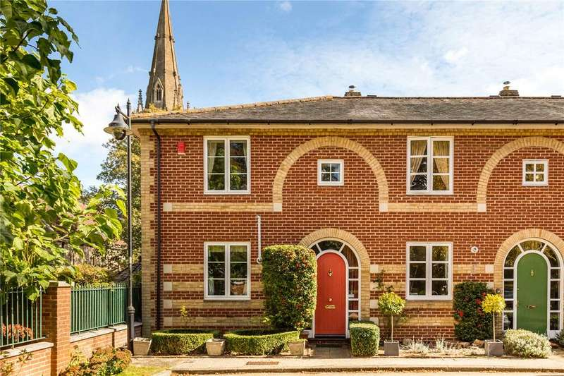 3 Bedrooms End Of Terrace House for sale in Beaumond Green, Winchester, Hampshire, SO23