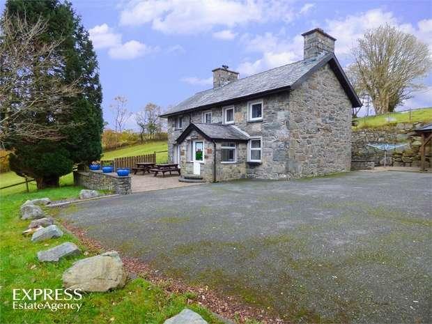 5 Bedrooms Detached House for sale in Gellilydan, Blaenau Ffestiniog, Gwynedd