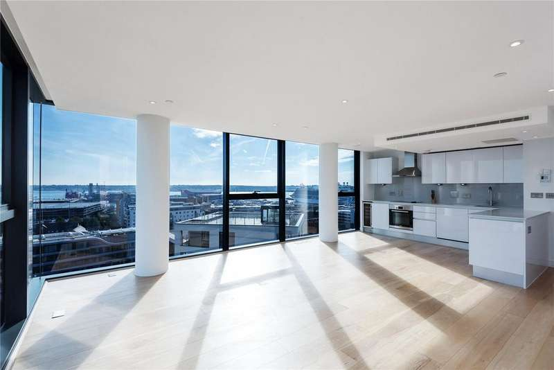 3 Bedrooms Flat for sale in The Moresby Tower, Admirals Quay, Ocean Way, Southampton, SO14