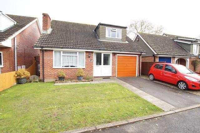 3 Bedrooms Detached House for sale in Hyde Gardens, Pimperne, Blandford Forum