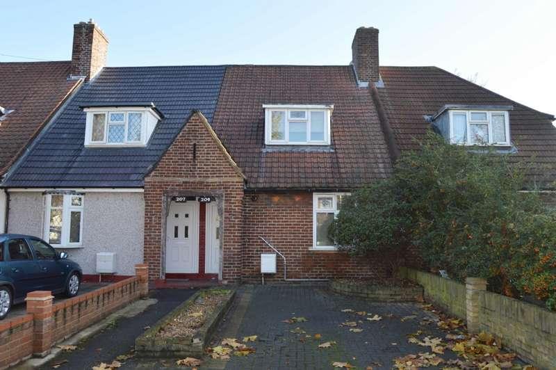 2 Bedrooms Terraced House for sale in Valence Avenue, Dagenham